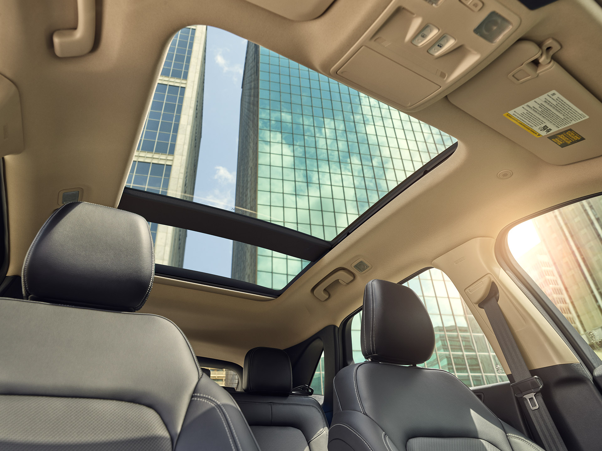 32_MOONROOF_FINAL_1920pxl